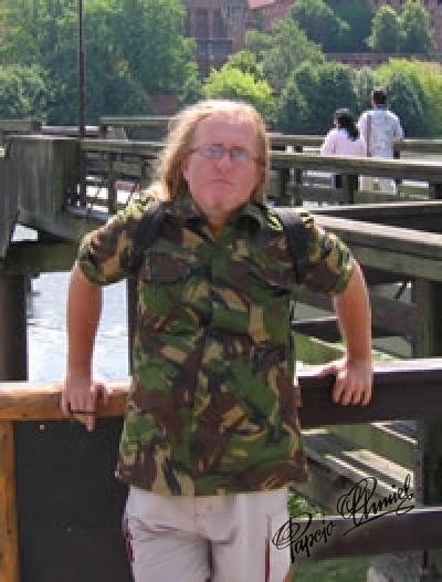 Jacek Gruszczyński ps Gruszka lub Grooszeczka, lat 45 z Warszawy. Data dodania zdjęcia: 10.09.2010